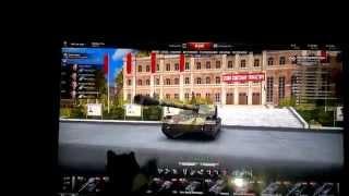 Котенок играет в World of Tanks