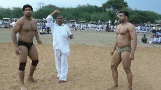 Kushtiwrestling : Legends : Mausam Khatree vs Krishan Kumar- मौसम खत्री और कृष्ण बैयांपुरिया