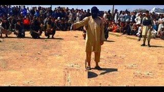 بالفيديو.. داعشي يعدم والدته بتهمة 'الردة' في الرقة