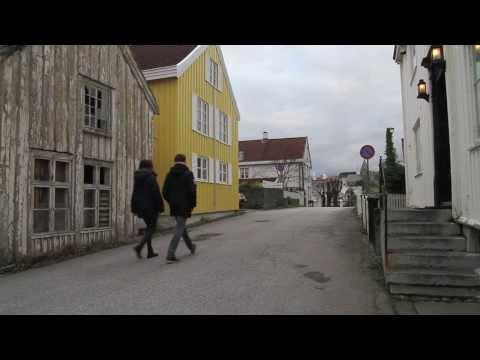 "I love Kristiansund. ""Byen som stod opp igjen"" med The Ferskenplukkers (feat.Alnæs/Sætran)"