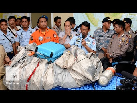 AirAsia Flight 8501 found: Bodies and debris pulled from the sea | Mashable