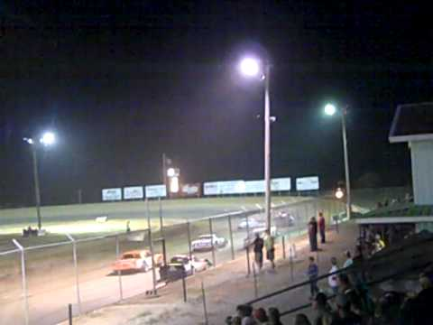 Malden, MO Speedway 7-2 Feature.MP4