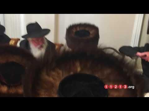 (Audi) Boro Park Farbrengen:  Appreciating Hashem's Humility