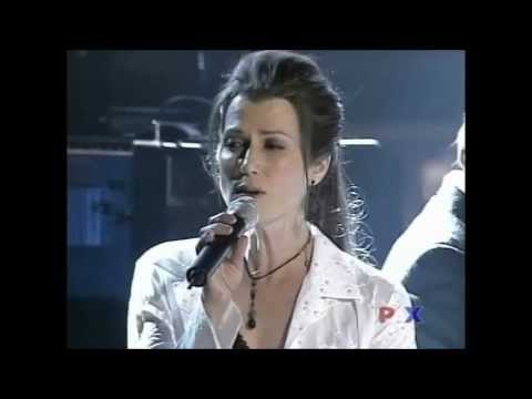 Amy Grant, Michael W Smith sing Friends at 34th Dove Awards 2003 Mp3