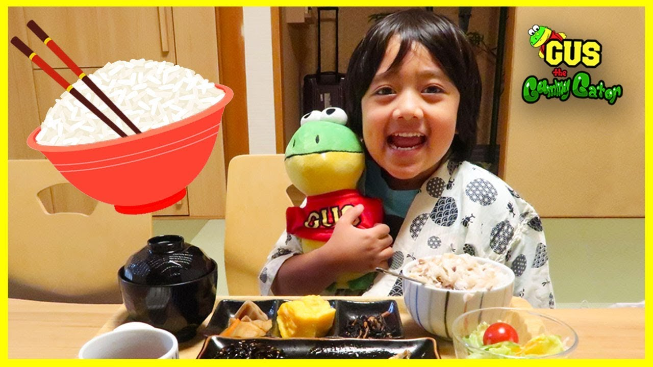Flying in a Plane to Japan with Ryan ToysReview + Japan Hotel Tour