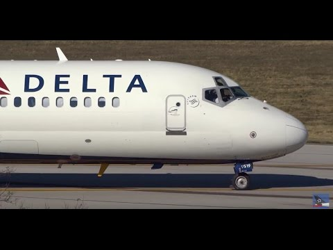 (HD) Plane Spotting at Lexington Blue Grass Airport KLEX/LEX, Delta, American Eagle