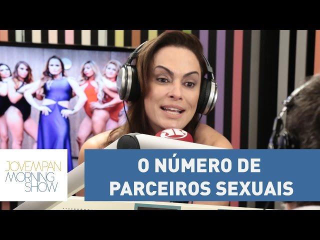 Viciada em sexo, Núbia Óliiver estima que transou com 400 | Morning Show