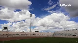 El estadio de Binacional tiene iluminación y River tendrá que jugar en la altura