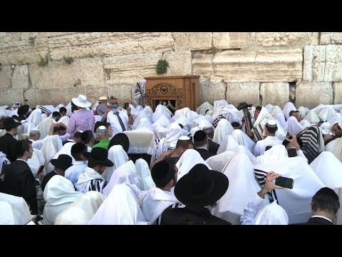 Jews and Christians celebrate in Jerusalem