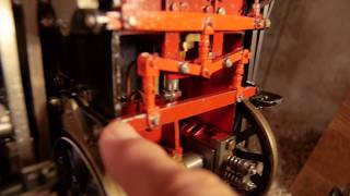 A look at the mechanism under of my steam engine, Joan