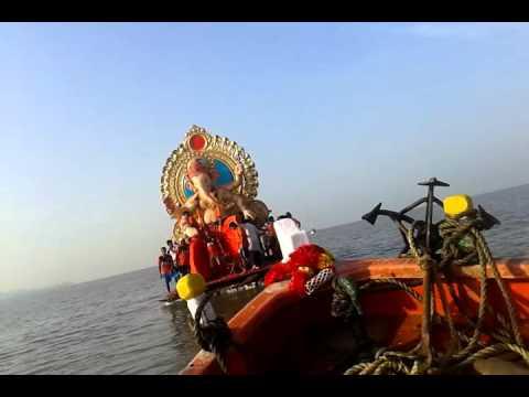 fort cha raja visarjan 2015
