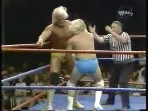 Hulk Hogan vs. Sonny Rogers & Chuck Greenly (Handicap match)