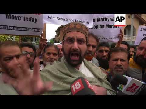 Violent clashes in Indian Kashmir after weekend of gunbattles