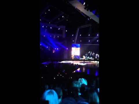 "2013 ACM Awards ""Shameless"" Garth Brooks & ""The Cowboy Ride"