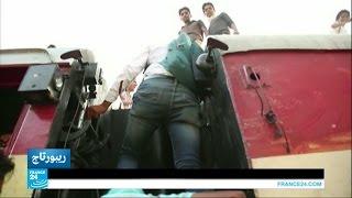 فيديو.. قطارات الهند..الأكثر شعبية والأقل أمانًا