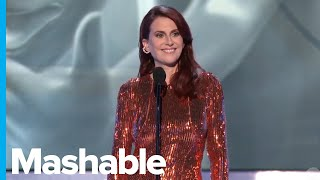 Download Mp3 Sag Awards Host Megan Mullally Jokingly Criticizes Sexism And Ageism In Hollywoo