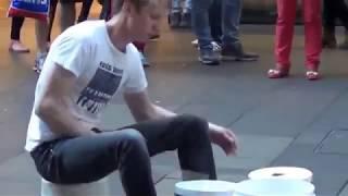 Drummer Jalanan Luar Negeri