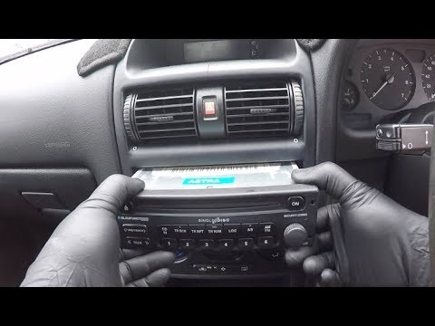 Vauxhall Opel Astra G Radio Removal  / Holden TS Astra Radio Removal