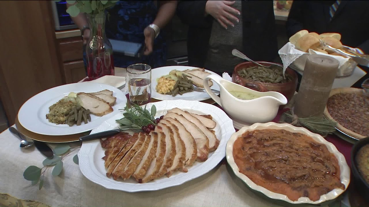 Homestyle Turkey N Dressing Family Meals To Go At Cracker Barrel KPLR