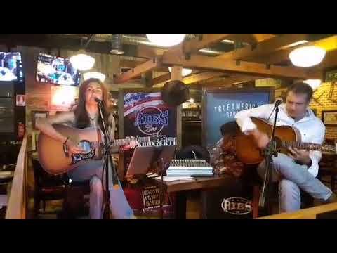 Cenas y música en directo los viernes en Ribs Móstoles