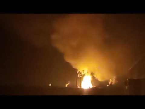 Взрыв и пожар со стороны Порохового завода в Казани.