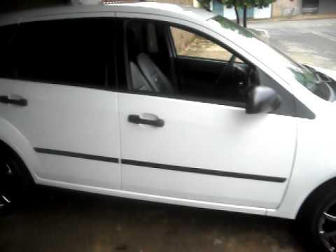 Ford Fiesta Sedan >> Fiesta Branco com rodas aro 17 - YouTube