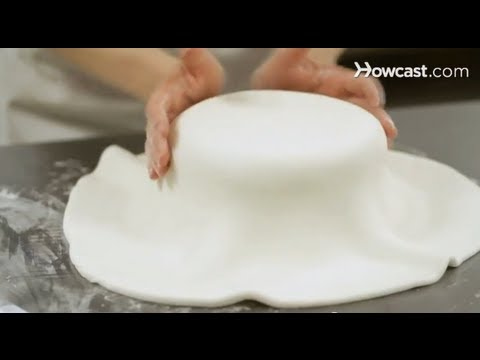 How to Cover a Cake with Fondant Cake Decorations - YouTube