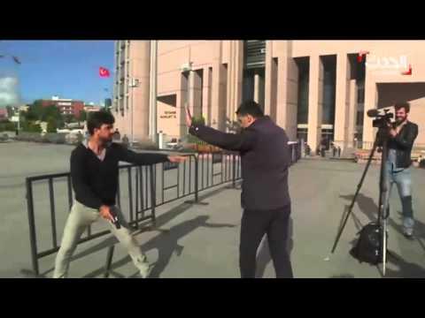 فيديو لحظة محاولة اغتيال تركي صحفي | شاهد ما حدث