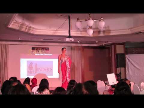 [LOOKS STUDIO] The India Se Fashion and Art Show