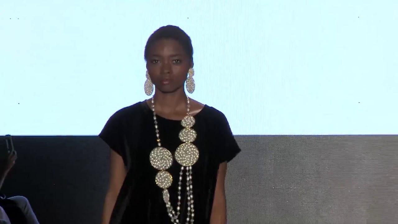 Cali Exposhow 2017 - Moda 2.0, Andrea Cruz