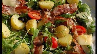 Юлия Высоцкая — Салат с запеченным картофелем, беконом и помидорами