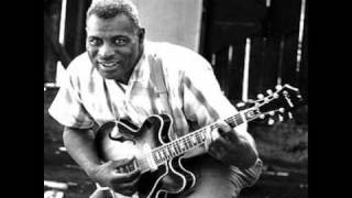 Watch Howlin Wolf Aint Superstitious video