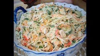 Салат с крабовыми палочками и капустой, огурцом и морковкой рецепт #Shorts