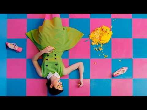 SAINTE - Technicolor (OFFICIAL VIDEO)