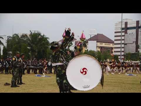 "DISPLAY DRUM CORPS PELOPOR CENDRAWASIH AKADEMI KEPOLISIAN ""HUT REPUBLIK INDONESIA KE- 72 """