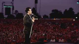 Robbie Williams - Me and my monkey - live (HD)
