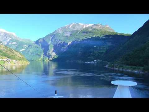 Kreuzfahrt zum Nordkap (5) mit  Mein Schiff 1: Geirangerfjord schönster Fjord der Welt