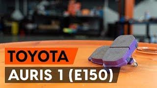 Jak vyměnit zadní brzdové destičky na TOYOTA AURIS 1 (E150) [NÁVOD AUTODOC]