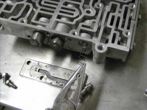 Фото к видео: Jatco Valve Body Shift Kit Installation 3N71B & 4N71B Datsun 240Z VL Turbo