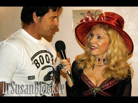 Lorenzo Lamas interview with Dr. Susan Block at the Hollywood Show