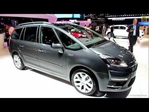 2012 Citroen C4 Picasso - Exterior and Interior Walkaround - 2012 Paris Auto Show