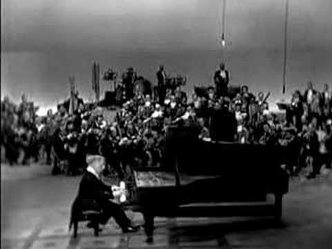 Paganini Rhapsody (Rachmaninoff) - Arthur Rubinstein - (1/2)