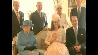 Funny Moment Kate Middleton and Her Baby Take a Photo With The Queen