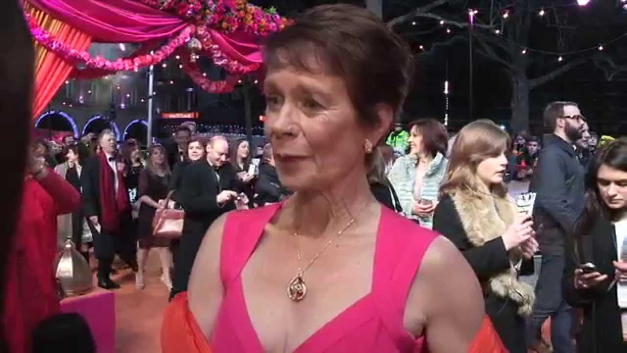 Download The Second Best Exotic Marigold Hotel - CTBF Royal &  World Premiere interview inc Celia Imrie