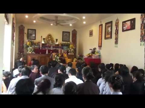 Phap vuong Ayang Rinpoche giang phap tu phowa