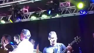 Alberto Bakana com frepa bass