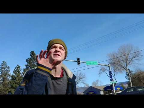 Bloody assault with a maxi pad in Ashland Oregon outside Planned Parenthood