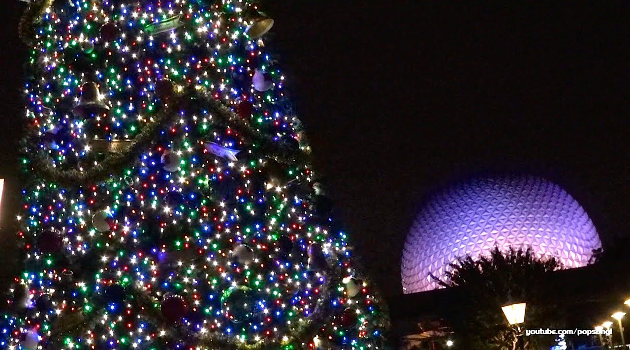 2013 Christmas Tree At Epcot