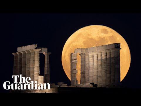 Super blood moon and lunar eclipse stun spectators around the world