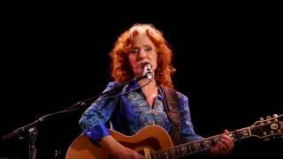 Bonnie Raitt Angel From Montgomery Newark 07 06 2017